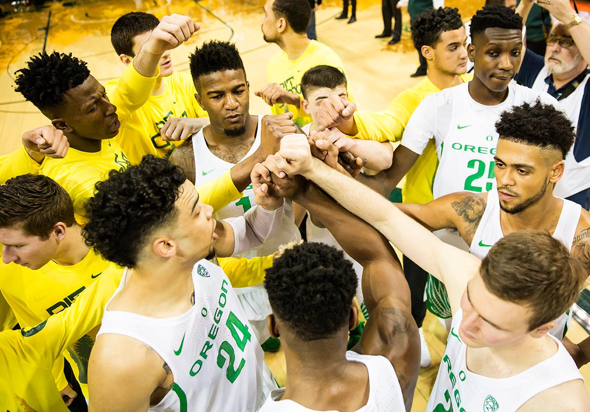 The Oregon Ducks celebrate after their 71 to 70 defeat over the Arizona State Sun Devils on Thursday, February 2, 2017. Photo by Ben Lonergan, Oregon News Lab