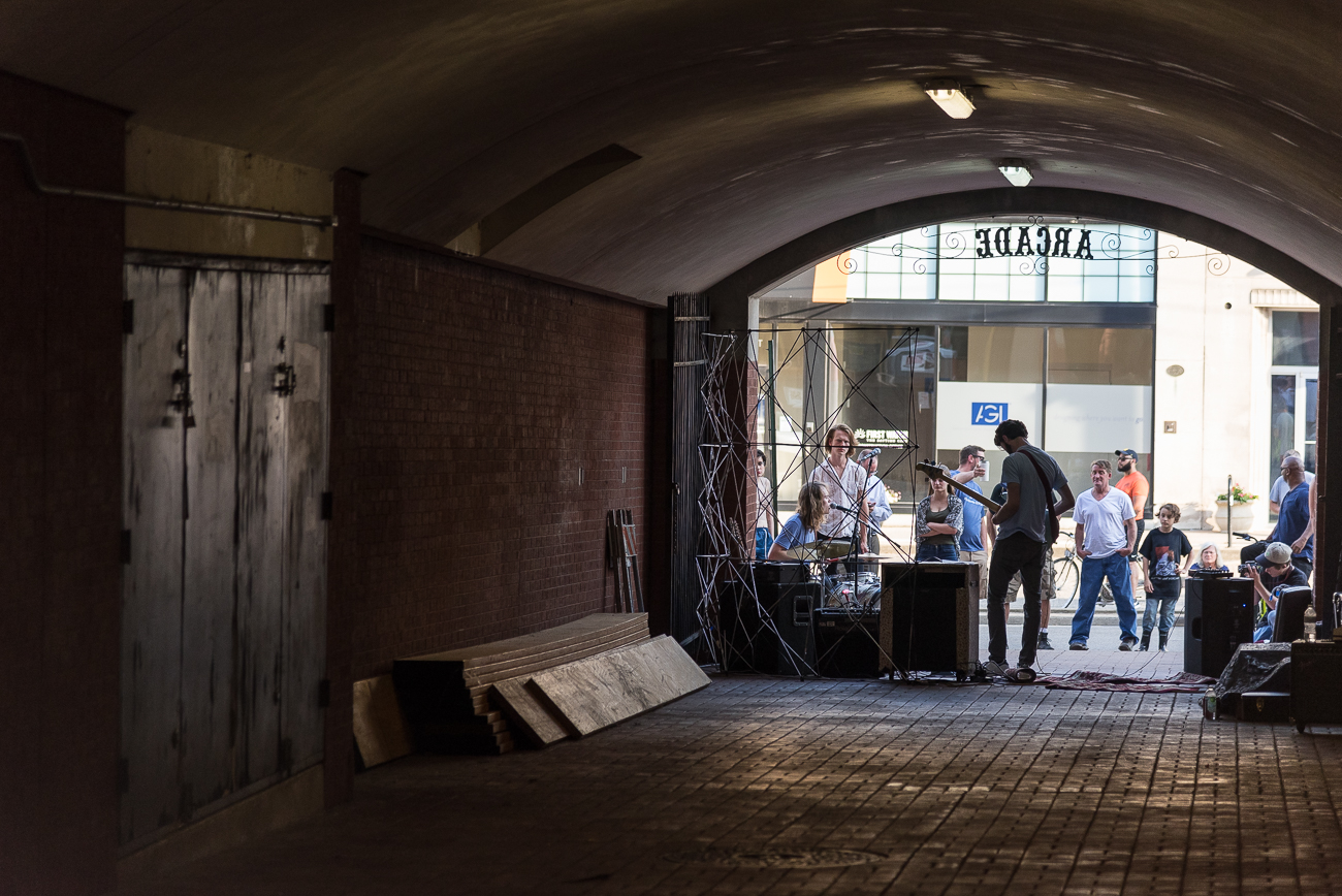 Live music at the other end of the arcade leading to Braxton Brewing Company / Image: Phil Armstrong, Cincinnati Refined // Published: 6.8.18