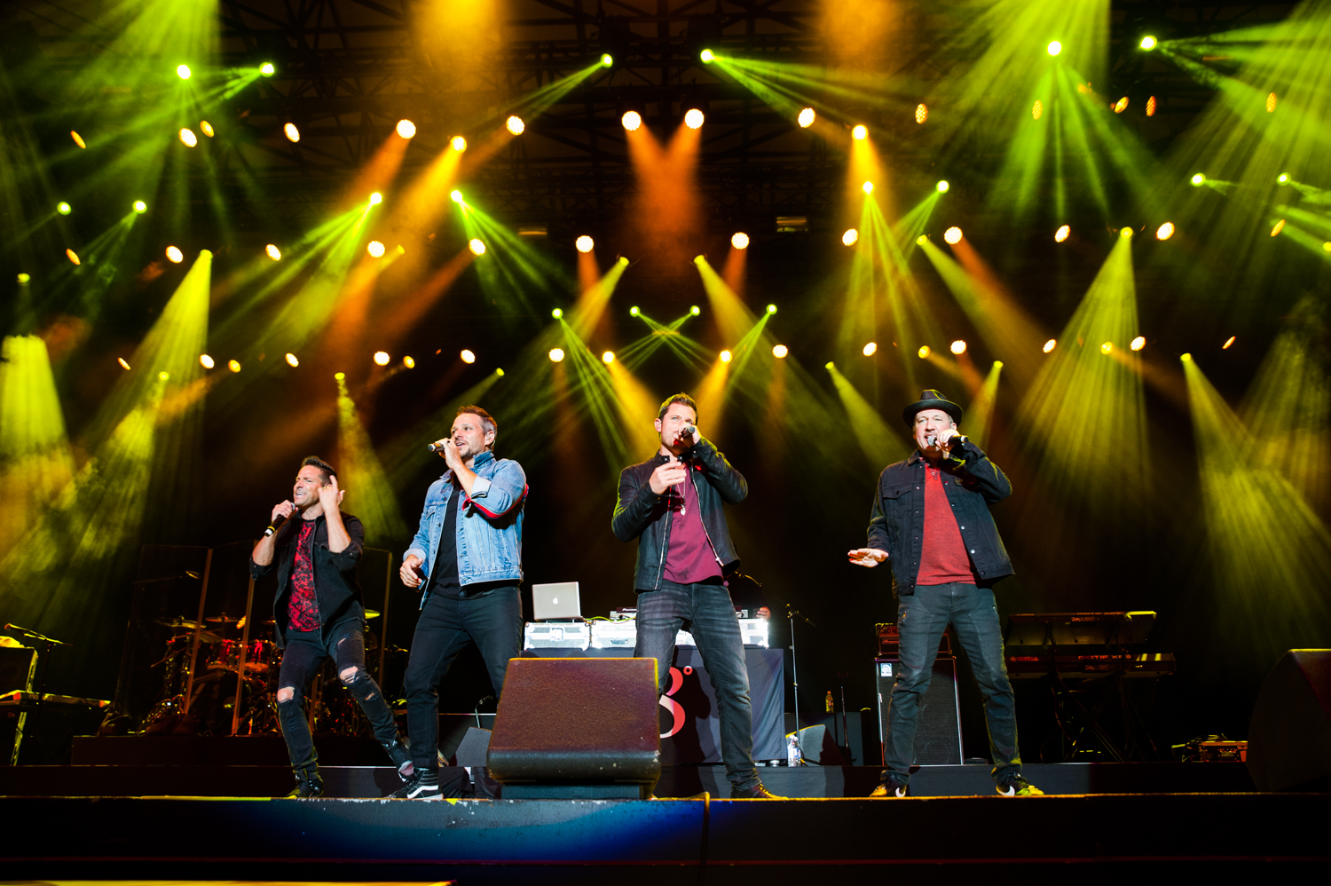 Boyz II Men and 98 Degrees took the stage at the Washington State Fair for a steamy performance Thursday night (9/12). The crowd swooned to the bands' throwback hits, both iconic in their own ways. It was a much, much, much needed blast from the past that we will be reliving for weeks! (Image: Elizabeth Crook / Seattle Refined){ }