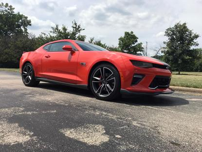 How is justin bieber dating 2019 camaro