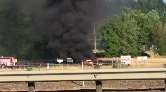 Small fire erupts next to I-5 near Cottage GroveThumbnail
