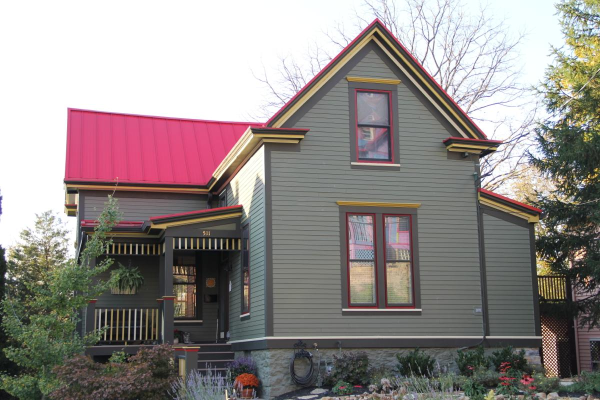 Ah, that red roof! -- The Nietch home, Columbia Tusculum (Image: Clay Griffith / Cincinnati Refined)