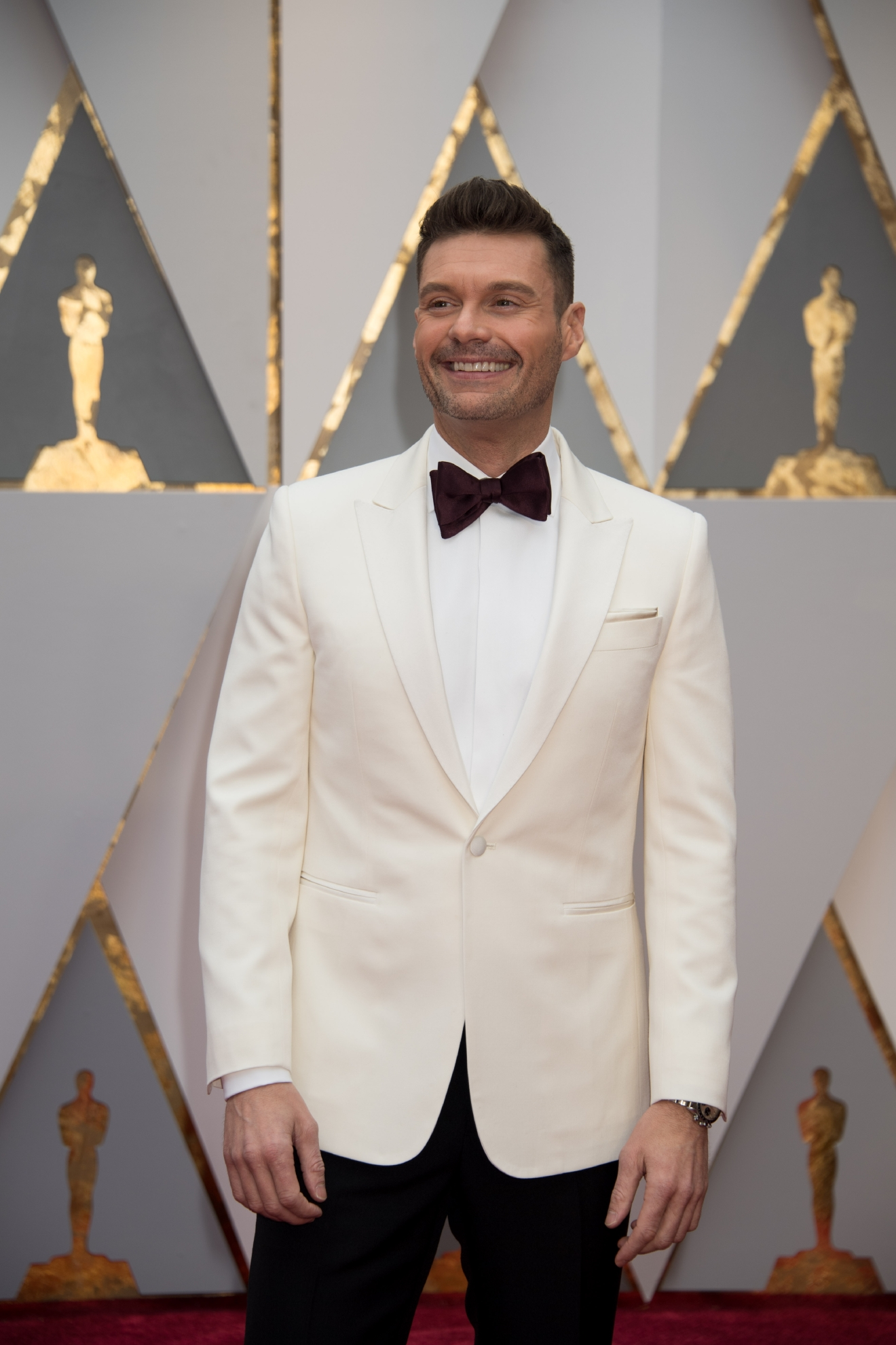 Ryan Seacrest, Oscar® nominee, arrives on the red carpet of The 89th Oscars® at the Dolby® Theatre in Hollywood, CA on Sunday, February 26, 2017. (Michael Yada / ©A.M.P.A.S.)
