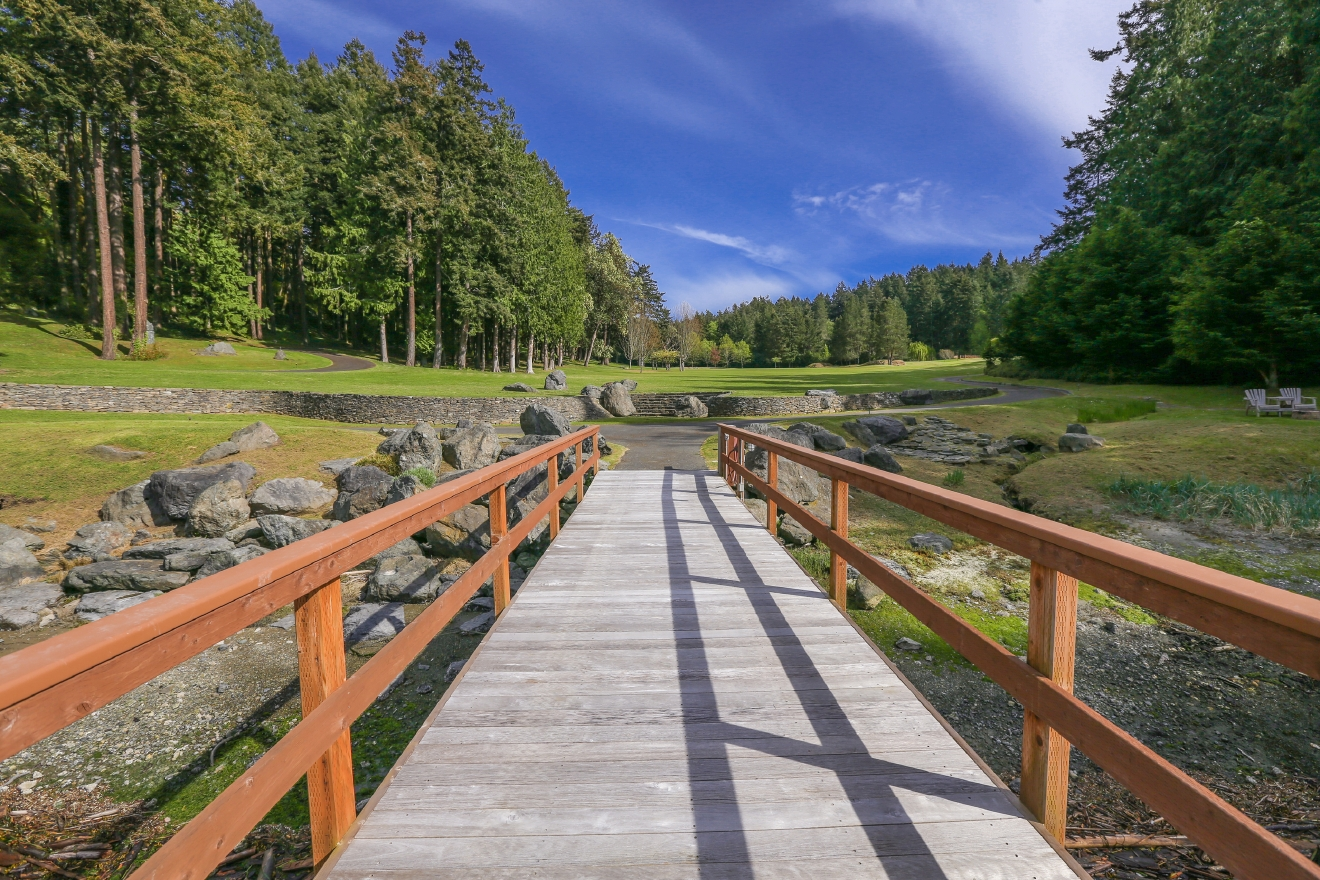 The lead musician of the Steve Miller Band has just put his 38.72 acre home in Friday Harbor on the market for $14.8 million. The home is listed by Michael Ford of Realogics Sotheby's, MLS #941850.  Even though the home is two stories and 11,000+ square feet  - there are only two bedrooms.  This is made up for by the outdoor areas, featuring a 360 foot dock and bayfront. (Image: AJ Canaria of PlanOmatic)