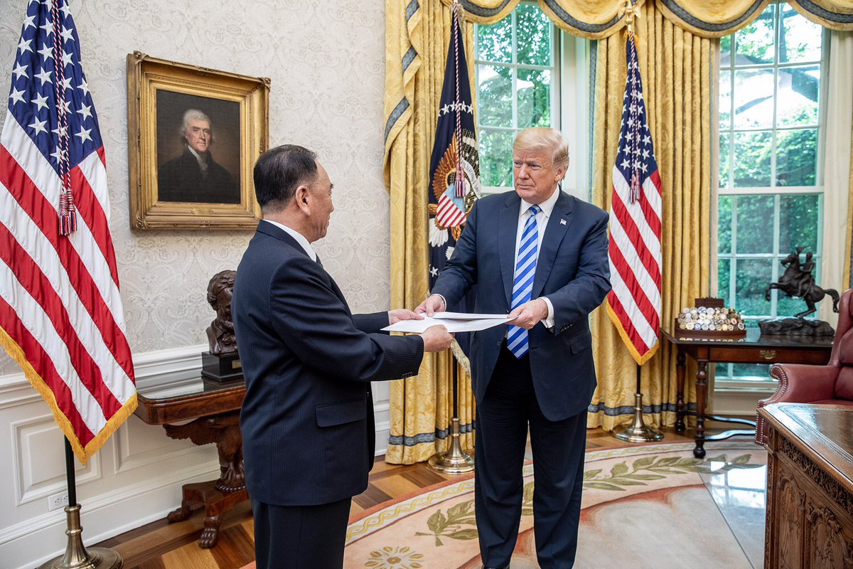Kim Yong Chol delivers a letter to President Donald Trump from North Korean leader Kim Jong Un. (White House Official Photo)