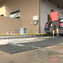 Car wash workers sweat it out on triple digit days