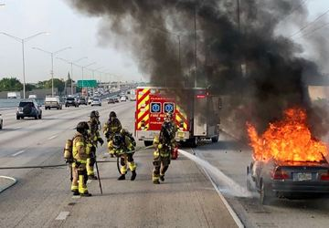 Car fire snarls traffic on I-95