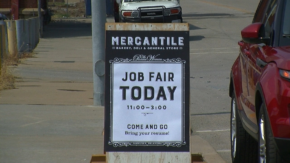 Pioneer Woman Hosts Job Fair For New Business Coming This