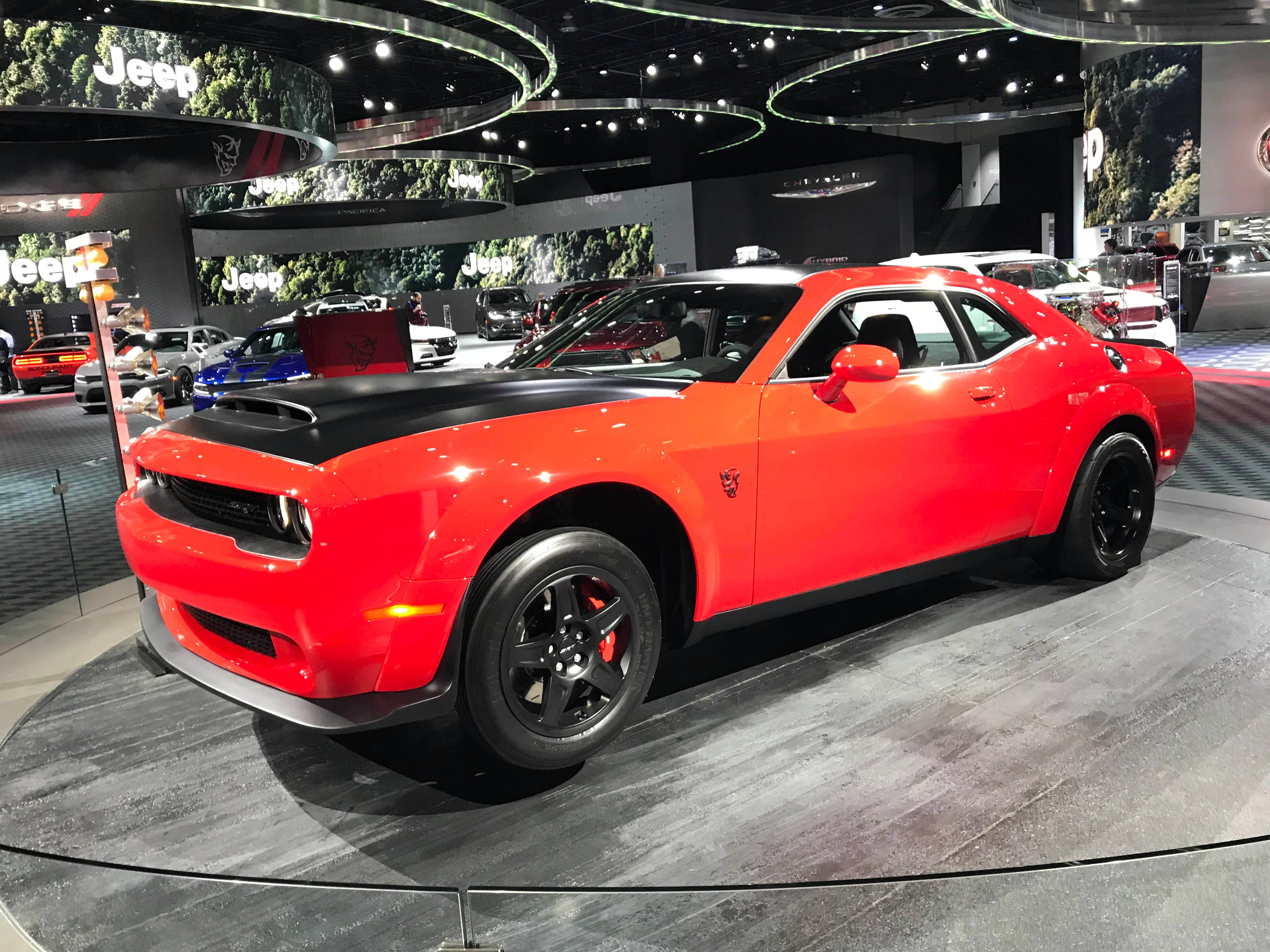PHOTO GALLERY Cool Cars At The Detroit Auto Show KVCWtv - Car show milwaukee 2018
