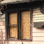 Father and 5 children escape from house fire deemed suspicious