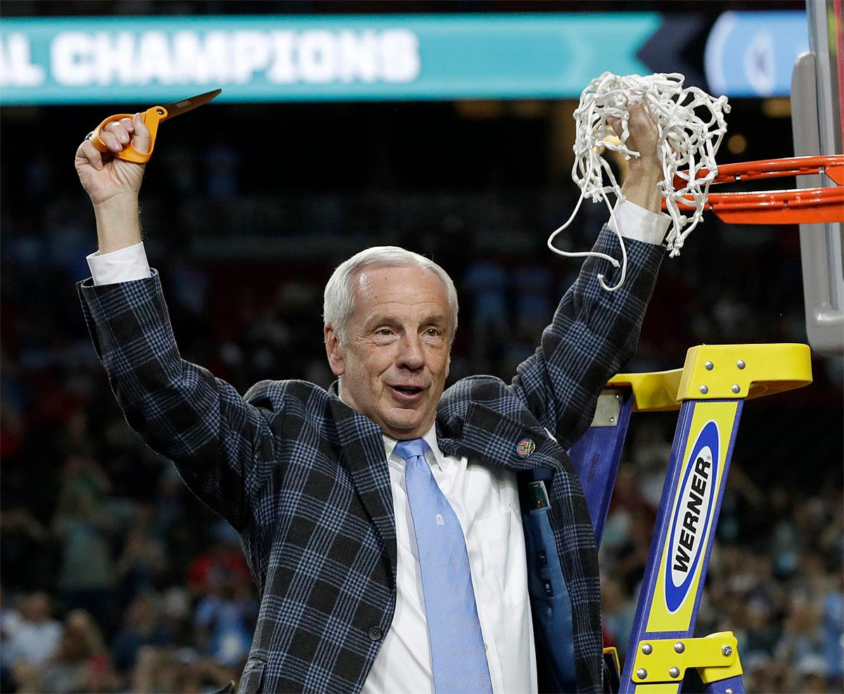 North Carolina head coach Roy Williams cuts down the net after the championship game against Gonzaga at the Final Four NCAA college basketball tournament, Monday, April 3, 2017, in Glendale, Ariz. North Carolina 71-65. (AP Photo/David J. Phillip)