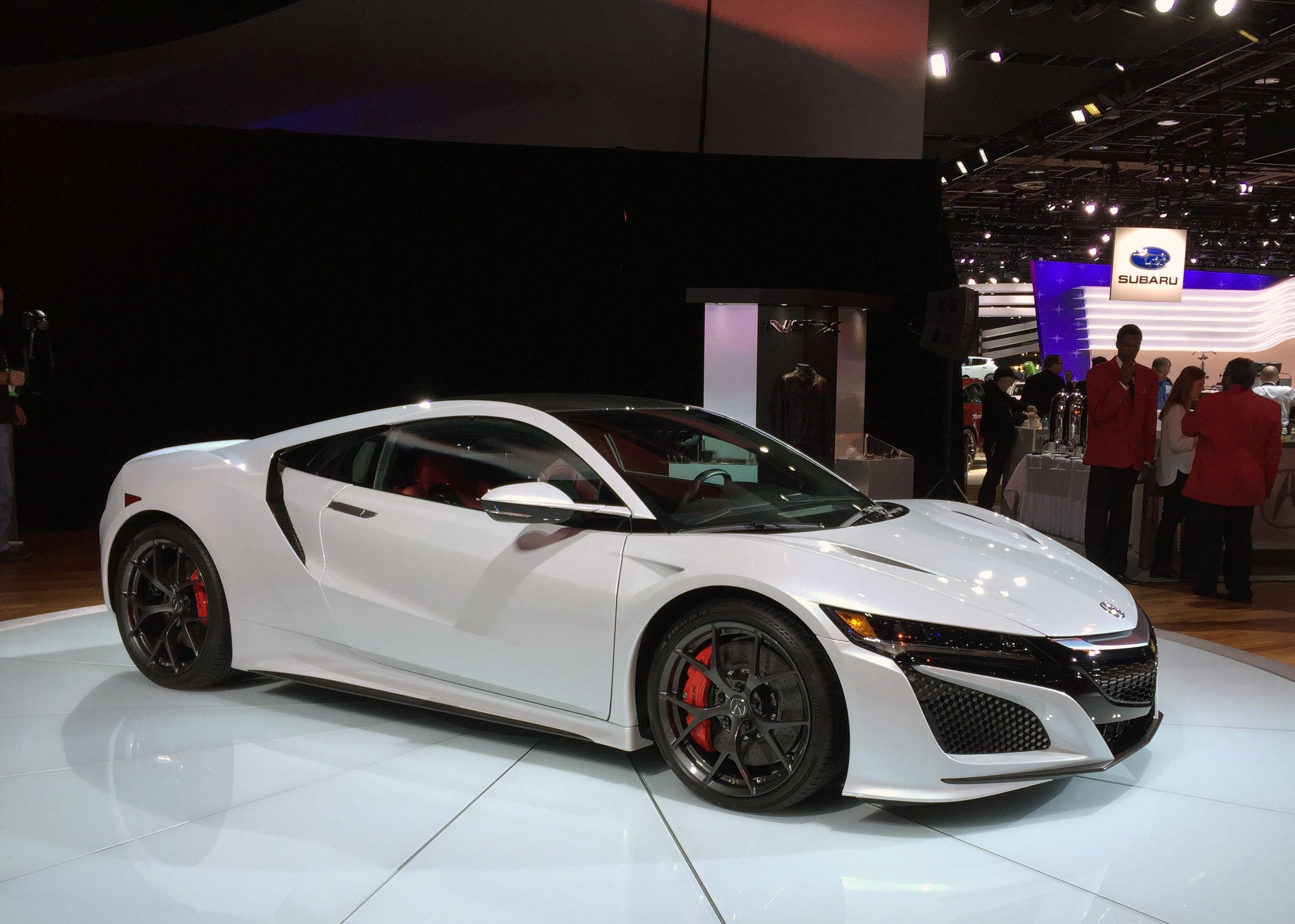 2017 Acura NSX (Photo by Jill Ciminillo)