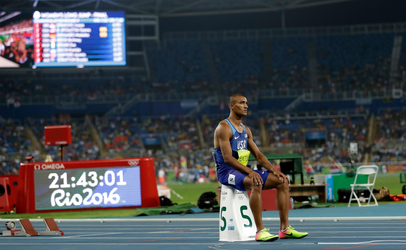 United States' Ashton Eaton prepares to compete in the men's decathlon 400-meter heat during the athletics competitions of the 2016 Summer Olympics at the Olympic stadium in Rio de Janeiro, Brazil, Wednesday, Aug. 17, 2016. (AP Photo/David J. Phillip)
