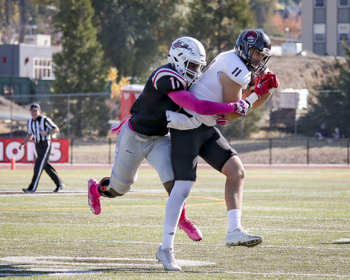 Southern Oregon University vs. Montana Western. [ // PHOTOS BY: LARRY STAUTH JR]