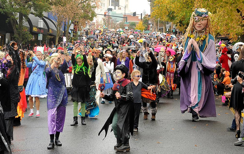 Andy Atkinson / Daily Tidigns<br>The Ashland Halloween Children's Parade makes its way through downtown Wednesday afternoon.
