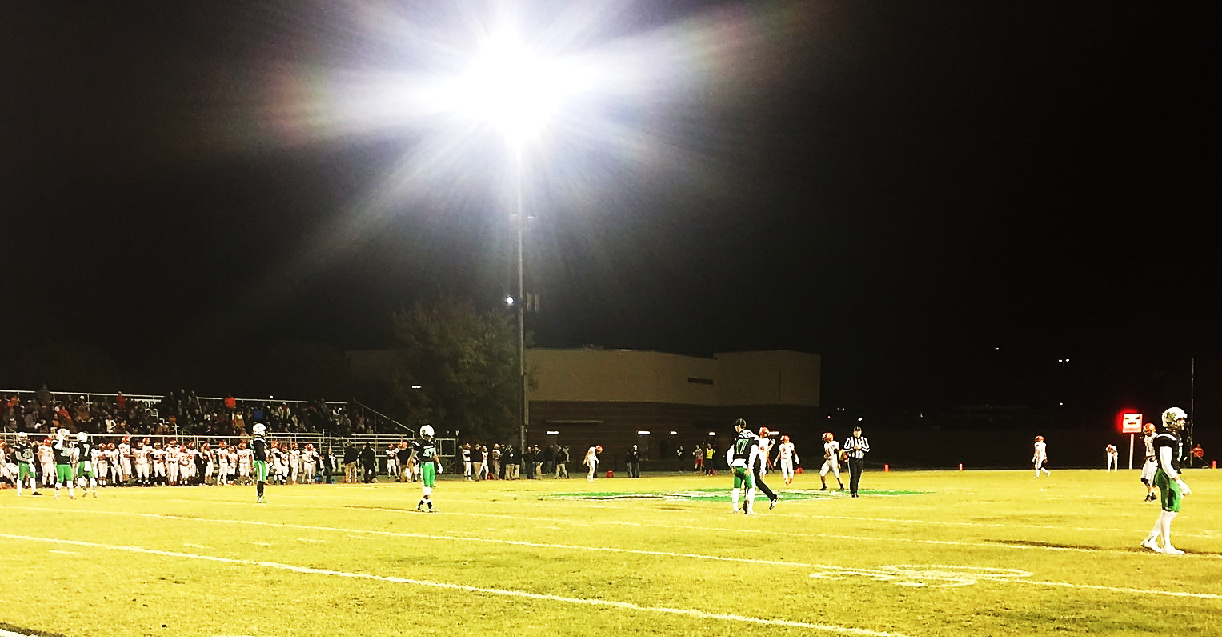 Tahlequah and Bishop McGuinness prepare to duel during the second week of the playoffs on Friday, Nov. 18, 2016. (Scott Noland / KOKH)