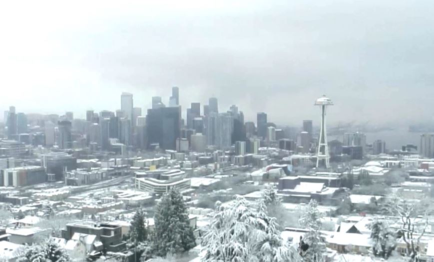 A snowy Seattle on Christmas Day in 2017 (Photo: KOMO News)<p></p>