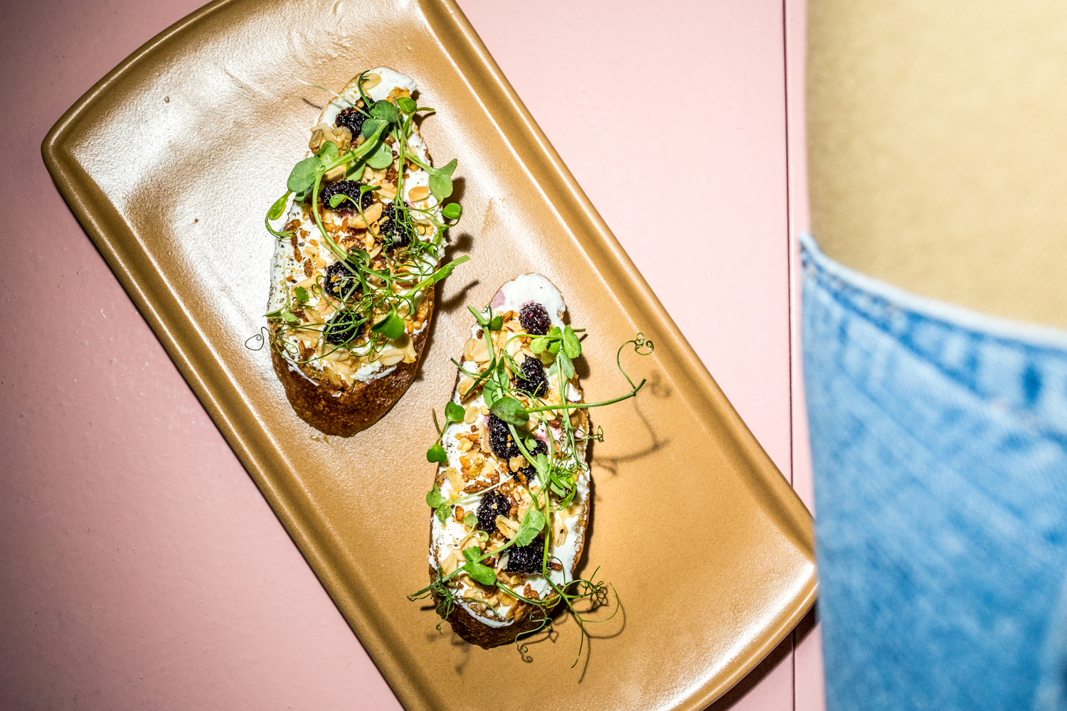 Crostini: Leonora goat cheese, mulberry, savory oat crumble, and Wacky Pea Tendrils / Image: Catherine Viox // Published: 9.19.19