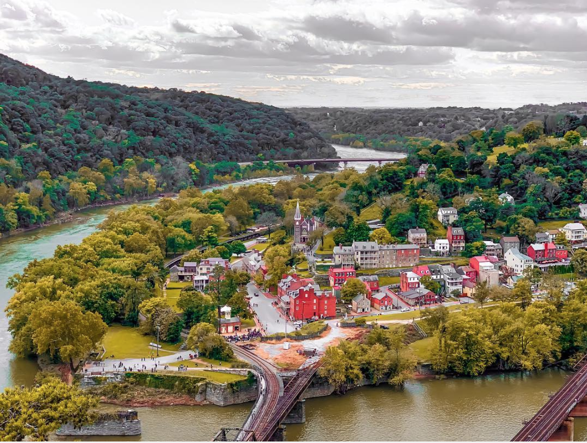 Harpers Ferry, West Virginia. (Image via @ashgelal)