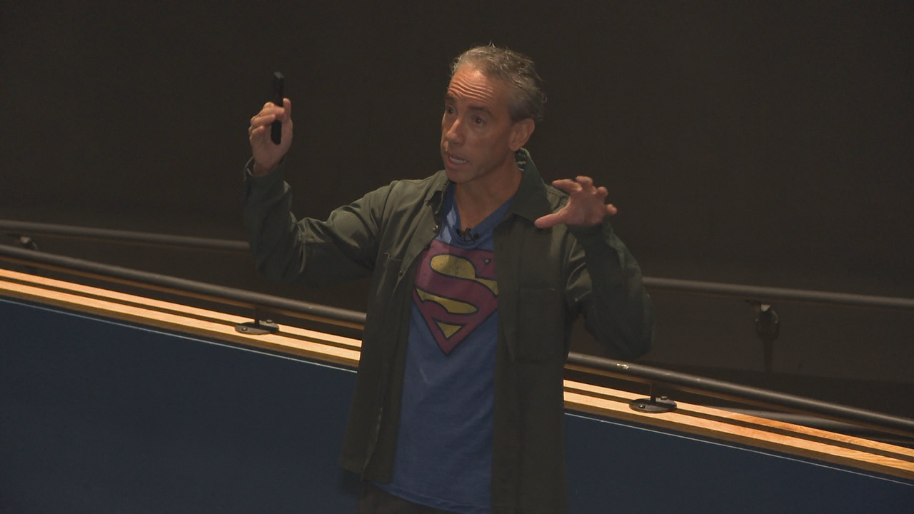 Ohio State professor{ }Frederick Luis Aldama is bringing comic books to his classes. (WSYX/WTTE)