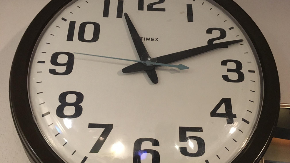 Washington and Oregon prepare to push clocks back for what could be the last time