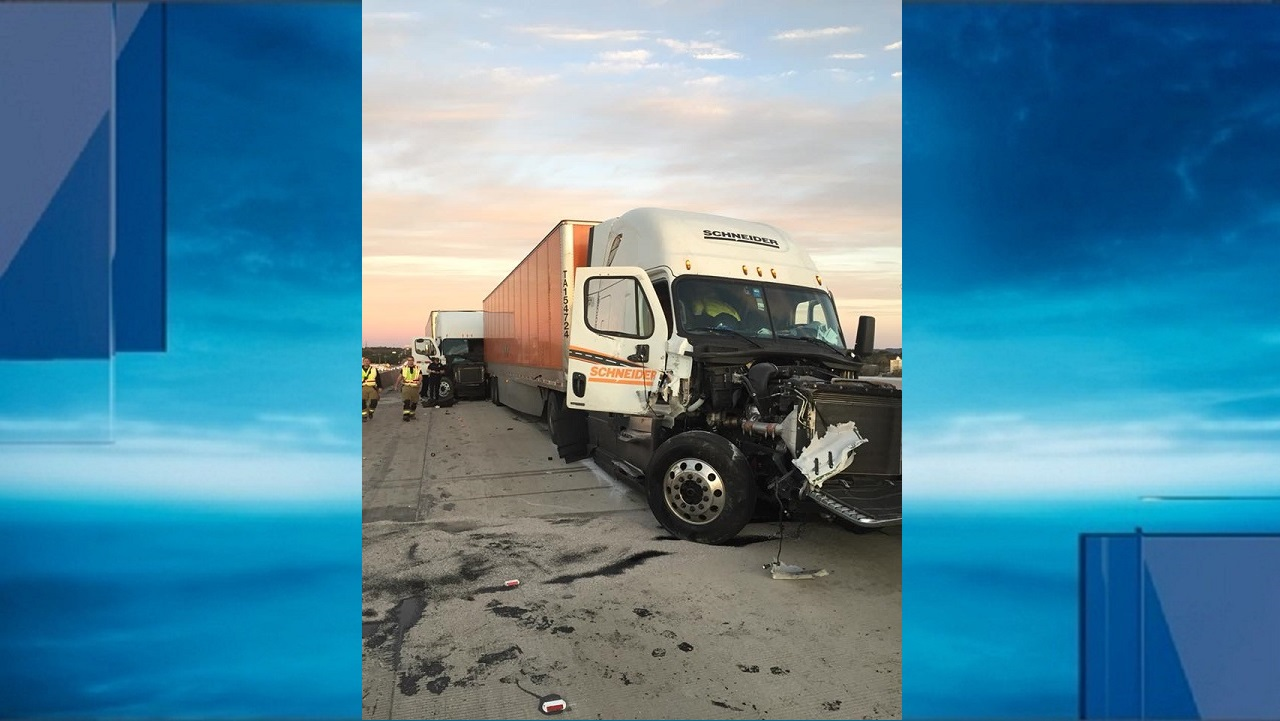 18-wheeler accident forces IH-10 closure in Boerne area (Photo: Courtesy of Boerne Police Department)