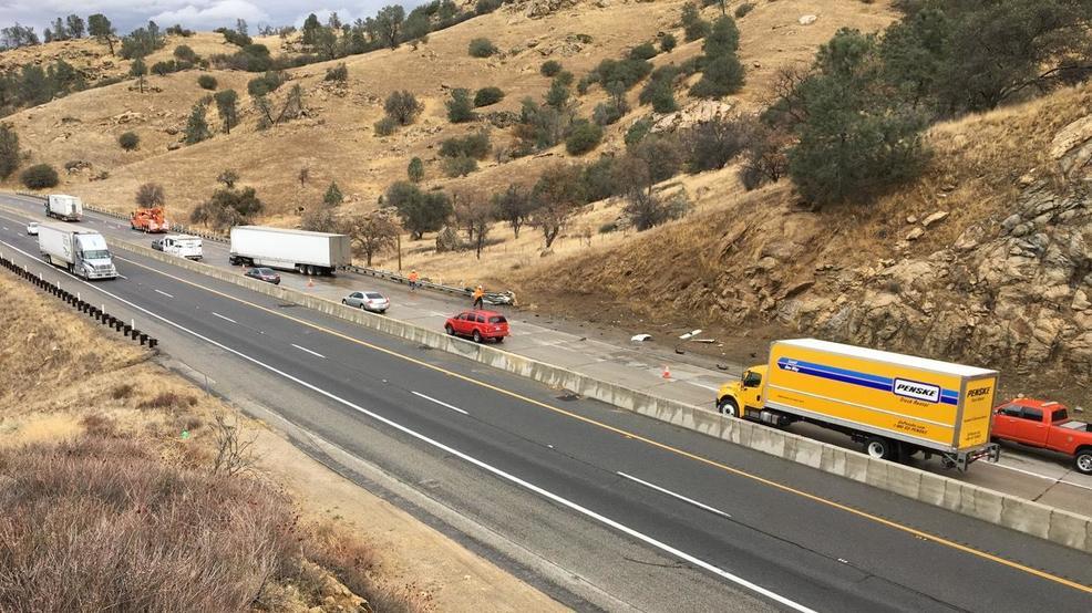 big rig crash causes traffic problems on hwy 58 near. Black Bedroom Furniture Sets. Home Design Ideas