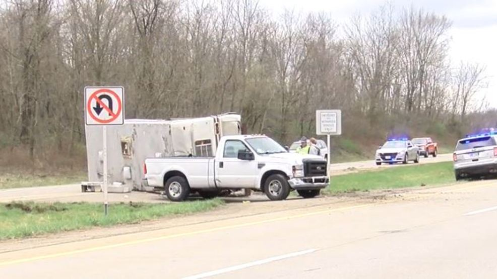 Three injured in two-vehicle accident along U S  22 | WTOV