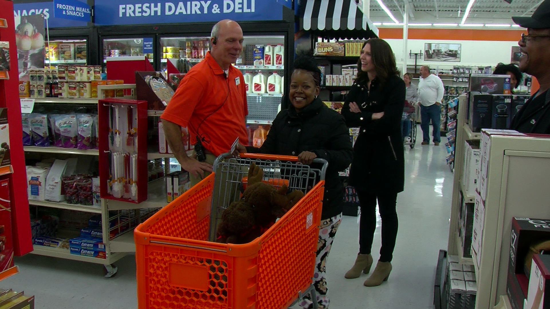 Local 12 and Big Lots team up to give away $500 shopping sprees (WKRC)