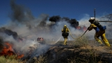 BREAKING NEWS: 2 dead, homes lost in Lake Isabella wildfire