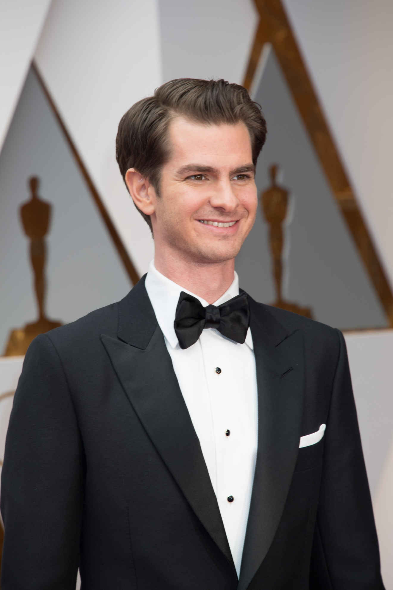 Andrew Garfield, Oscar® nominee, arrives on the red carpet of The 89th Oscars® at the Dolby® Theatre in Hollywood, CA on Sunday, February 26, 2017. (©A.M.P.A.S.)