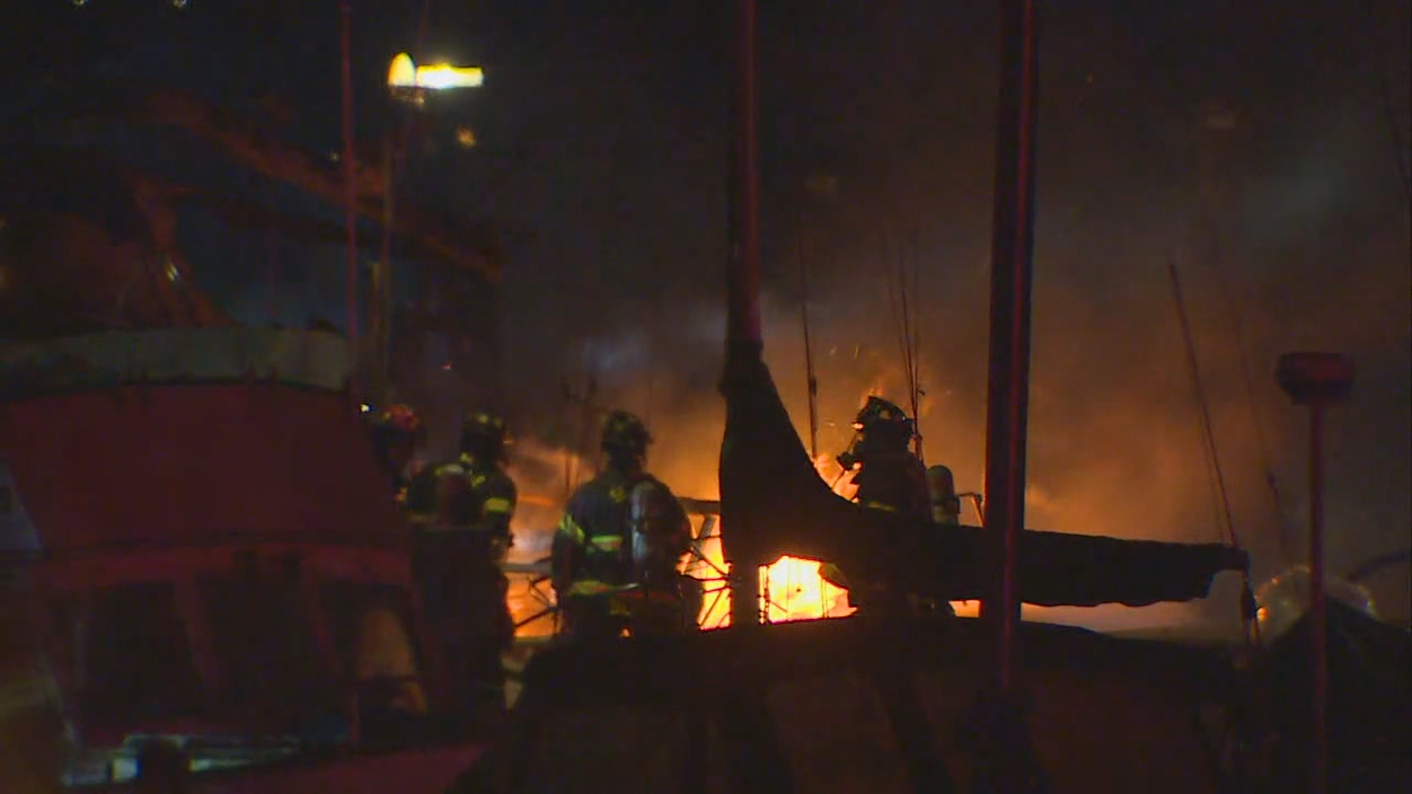 Multiple boats damaged in fire at marina on Lake Washington (KOMO Photo)