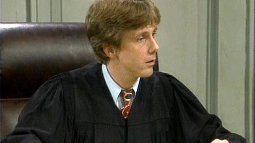 Harry Anderson, 'Night Court' star and Asheville resident, dies at age 65