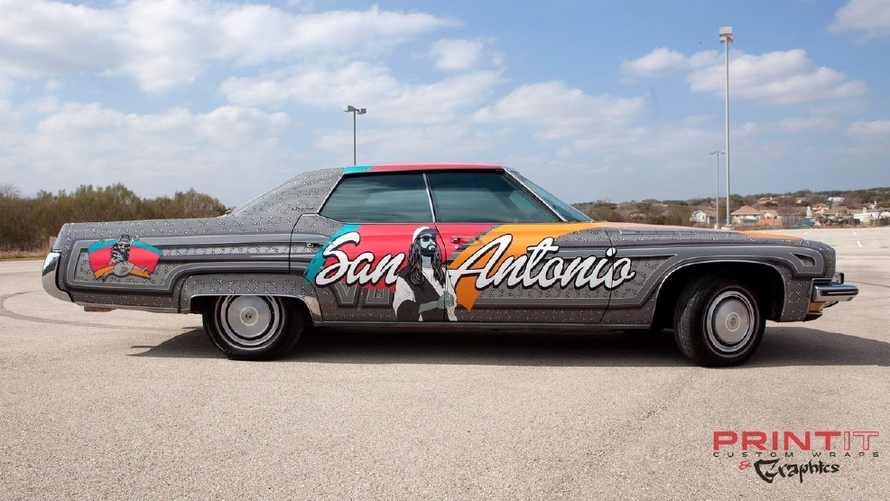 photos local celebrity 39 spurs jesus 39 tricks out classic car woai. Black Bedroom Furniture Sets. Home Design Ideas