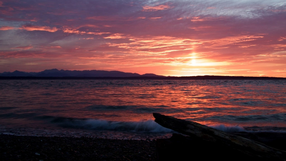 Photos: Brilliant sunset dazzles Puget Sound region