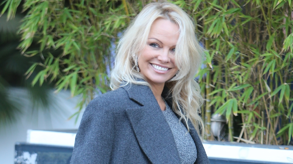 Pamela Anderson unimpressed by Dwayne 'The Rock' Johnson in new 'Baywatch' movie