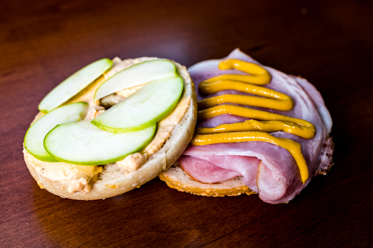 Ham and beer cheese sandwich with green apples and honey mustard on your choice of bagel / Image: Amy Elisabeth Spasoff // Published: 10.5.18