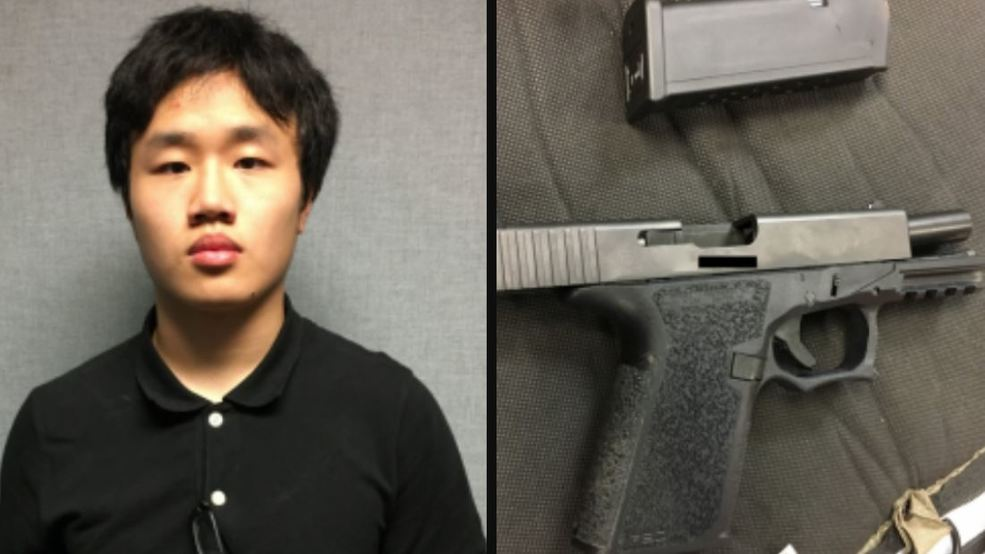 Prosecutors: Teen routinely brought loaded, homemade gun to