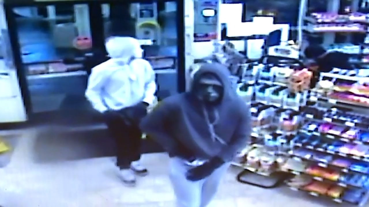 Screenshot from surveillance camera shows one of the two Seattle armed robberies. (Photo courtesy: Seattle Police Dept.)