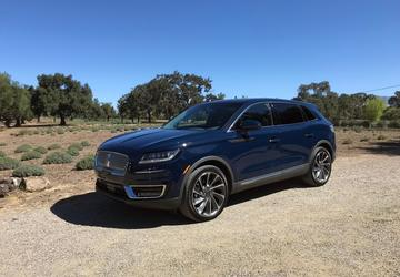 2019 Lincoln Nautilus: Lincoln's midsize SUV gets new name, styling and tech [First Look]