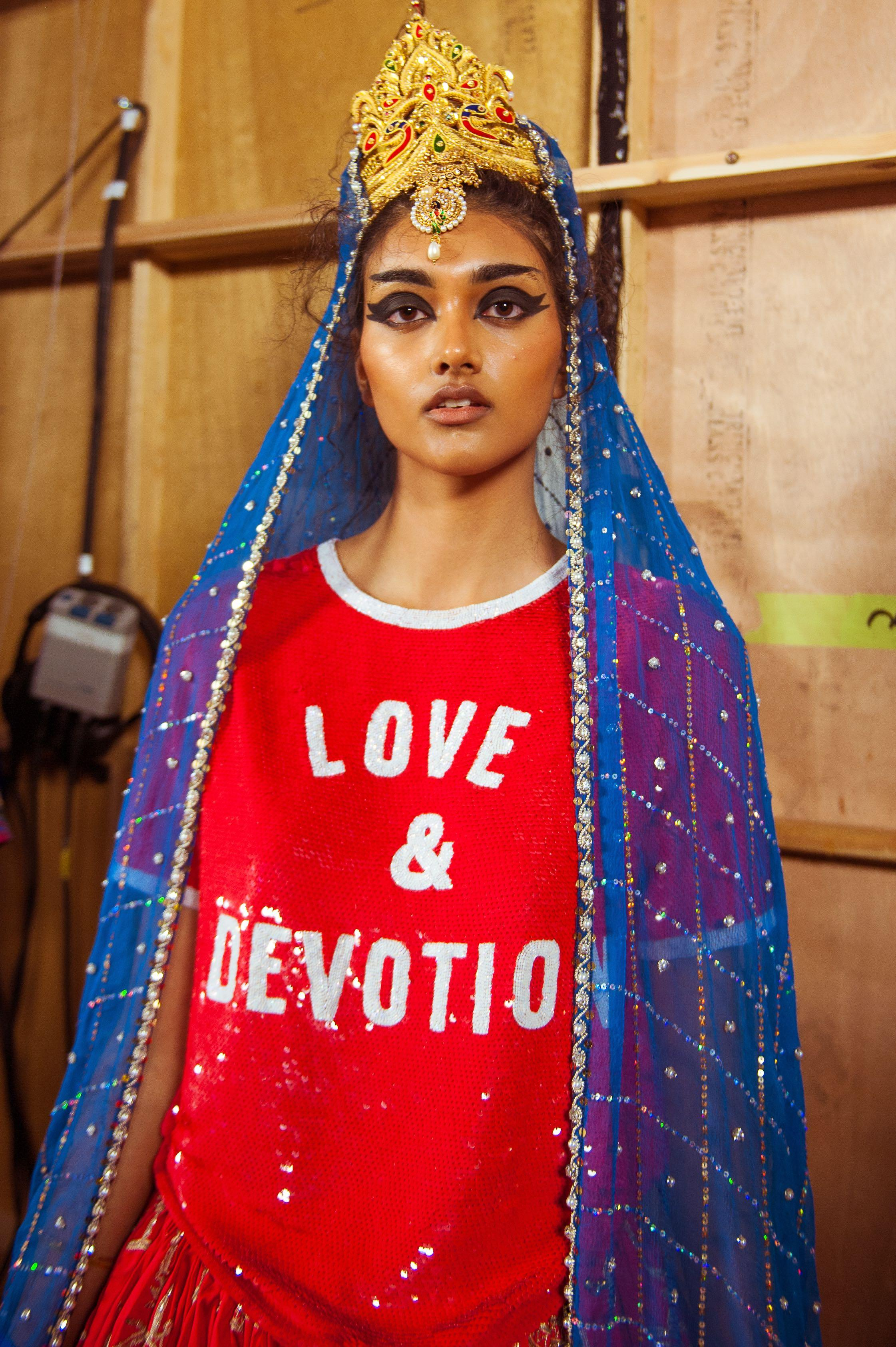 <p>Ashish Ensemble S/S 2017 Courtesy of Barrett Barrera Projects & RKL Consulting (Photo: Cleo Glover)</p>