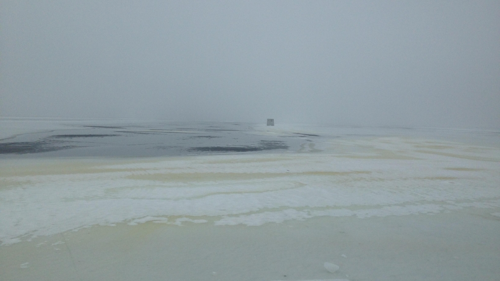 Mild winter limiting normally bustling shawano lake ice for Ice fishing near me