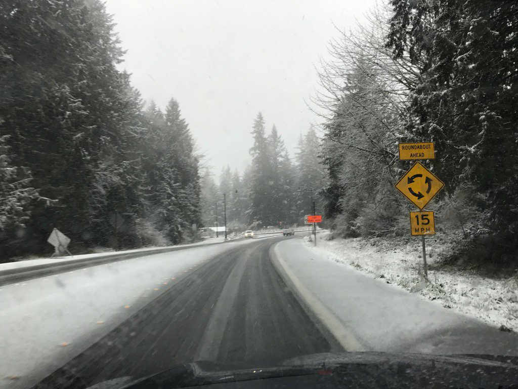 Snow covers roads in Olympia on Feb 5, 2017. (Photo: Shawn O'Neill)
