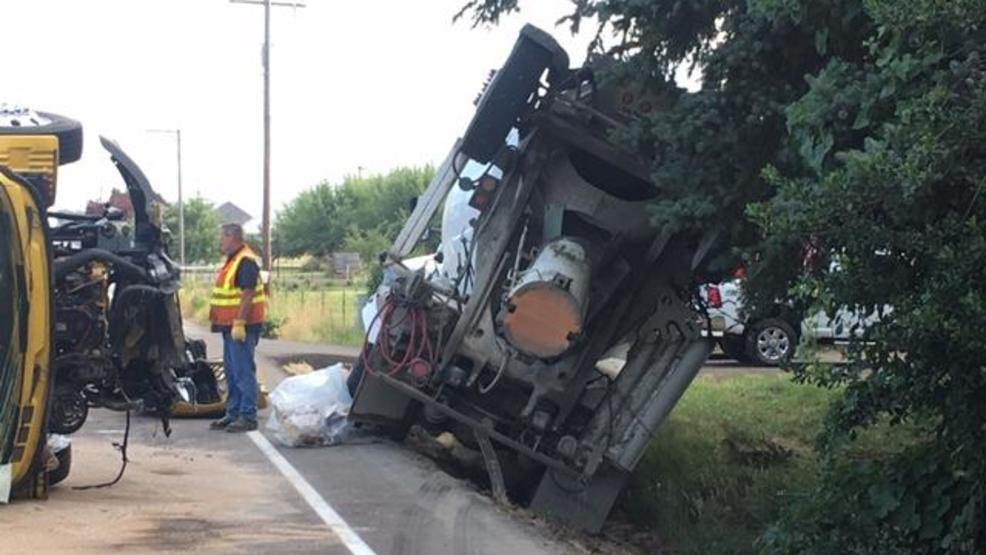 Moving van and cement truck collided on Hwy 99 north of