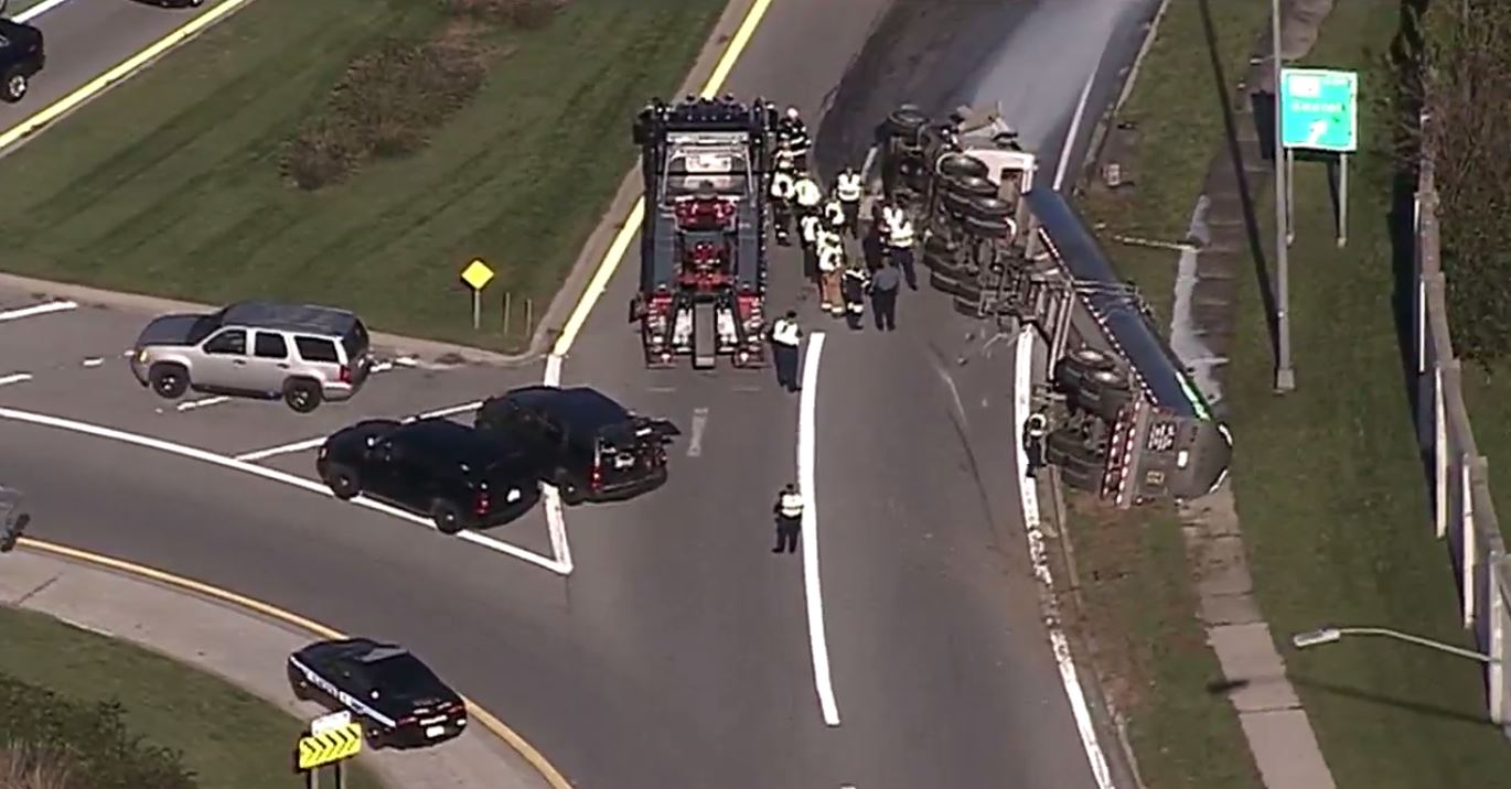 Police: Tractor trailer carrying milk overturns at Rt. 216 in Howard County (SkyTrak 7)