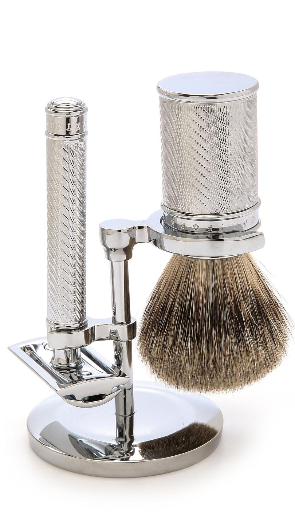 <p>You want only the best for your dad's face with this Baxter of California Razor Set,{&nbsp;} available now for $260. (Image:{&nbsp;} EAST DANE){&nbsp;}</p><p></p>