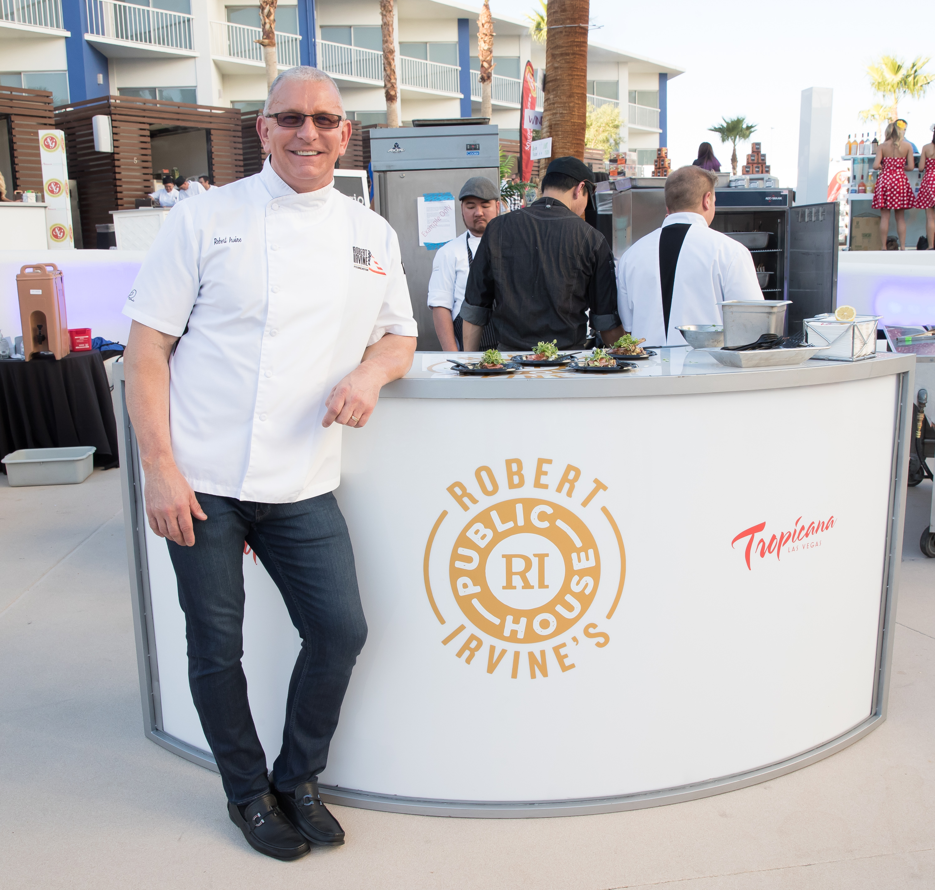"Tropicana Las Vegas celebrates the beginning of the 11th annual Las Vegas Restaurant Week with its ""Summer Cookout featuring Robert Irvine & Friends"" on Friday, June 15, 2017 in Las Vegas. The event raised $40,000 for Three Square Food Bank. (Photo courtesy of Erik Kabik Photography/erikkabik.com)"