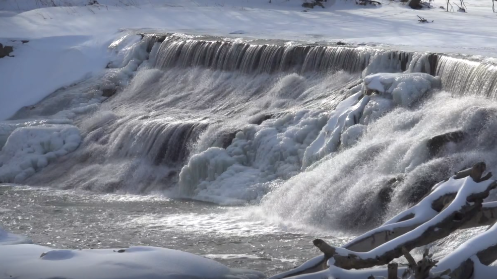 Icy Fall from the Little Blue River Dam near Fairbury | KHGI