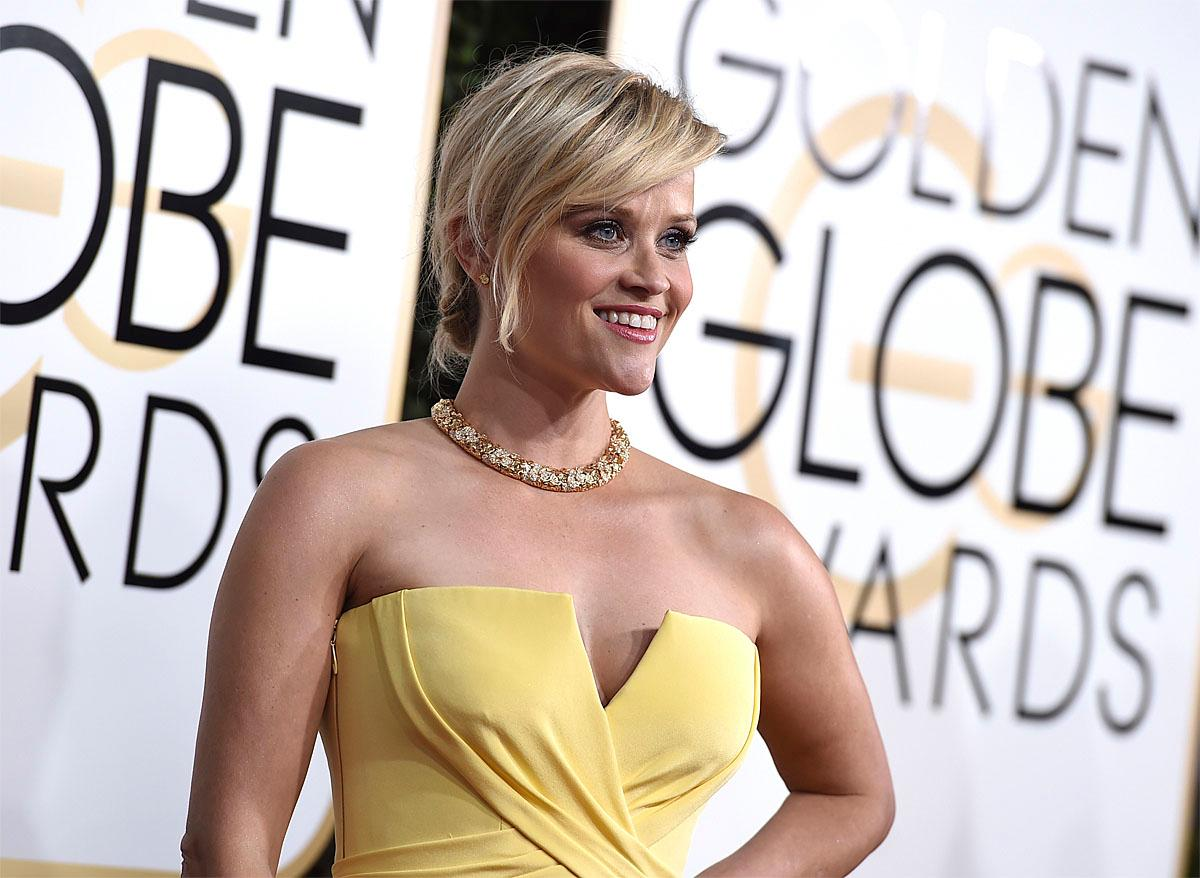 Reese Witherspoon arrives at the 74th annual Golden Globe Awards at the Beverly Hilton Hotel on Sunday, Jan. 8, 2017, in Beverly Hills, Calif. (Photo by Jordan Strauss/Invision/AP)