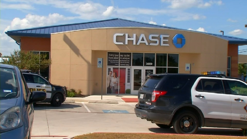 Police Searching For Bank Robbery Suspect Woai